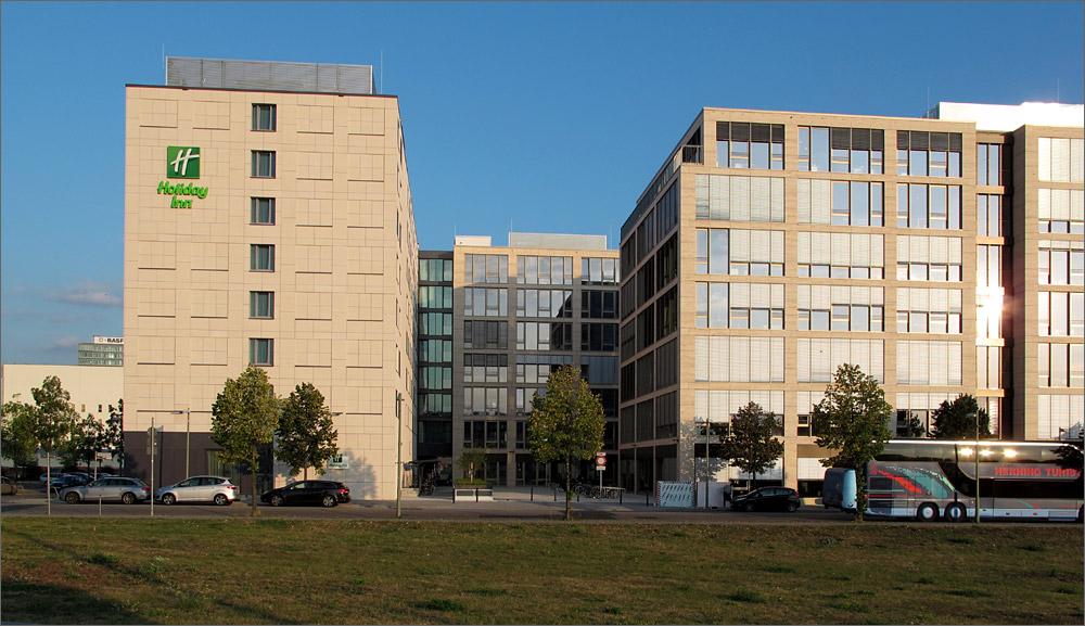 Hotel & office campus berlin mediaspree [archiv] deutsches