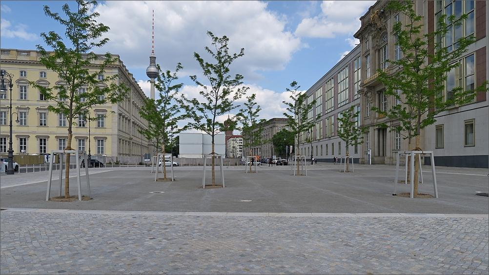 kuppelkreuz12.jpg
