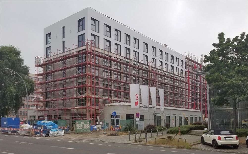 hotelhoch2frank02.jpg