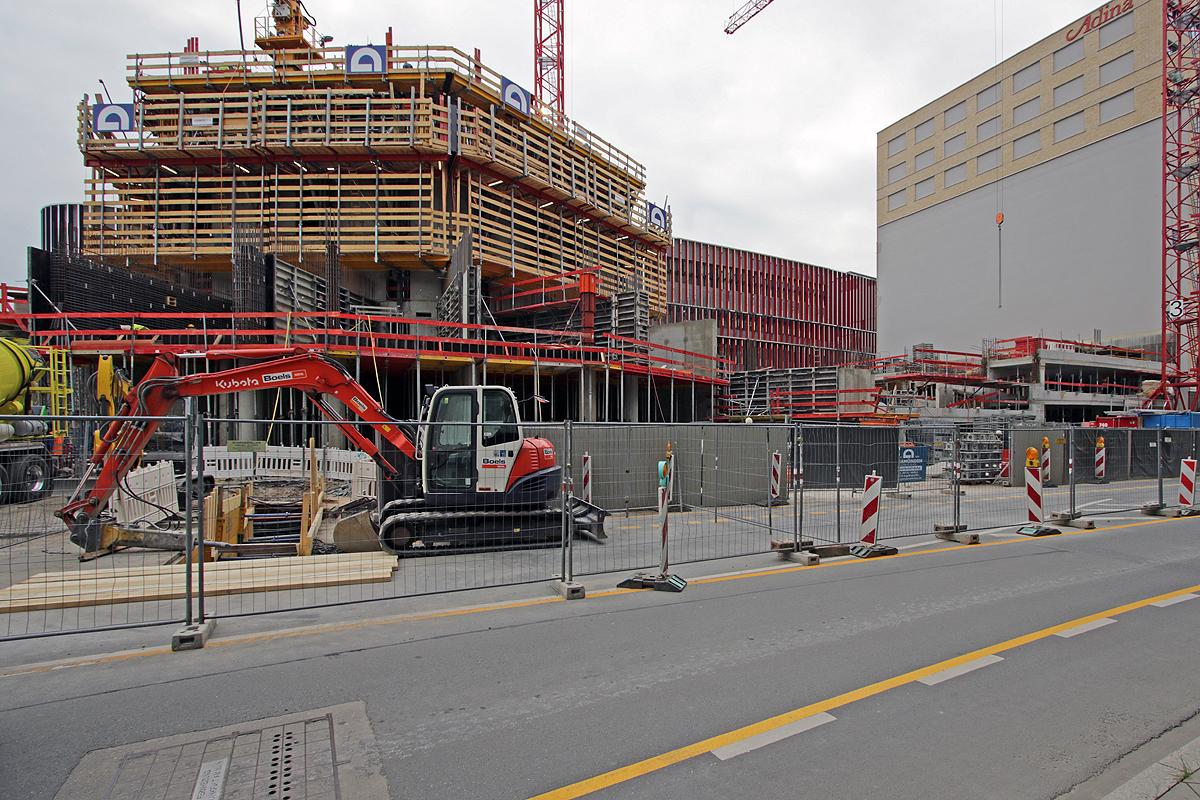Bild: http://www.deutsches-architektur-forum.de/pics//cyfi/Grand_1170421_1.jpg