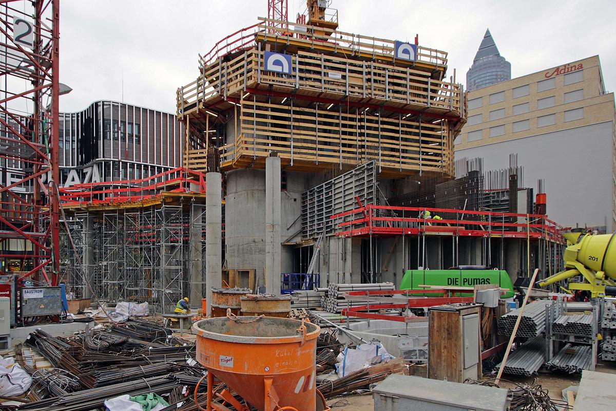 Bild: http://www.deutsches-architektur-forum.de/pics//cyfi/Grand_1170421_4c.jpg