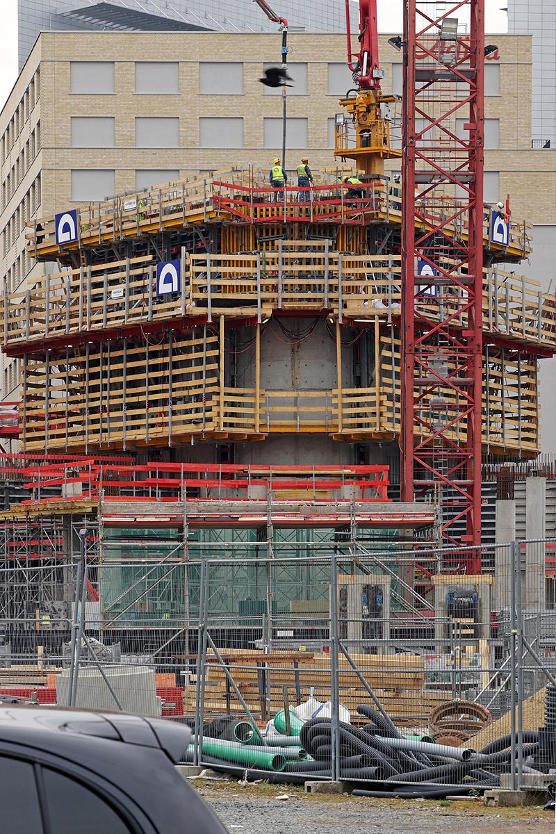 Bild: http://www.deutsches-architektur-forum.de/pics//cyfi/Grand_1170421_6.jpg