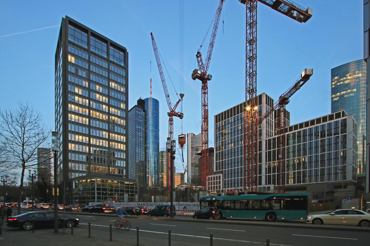 Bild: http://www.deutsches-architektur-forum.de/pics//cyfi/Marien_1170323_4.jpg