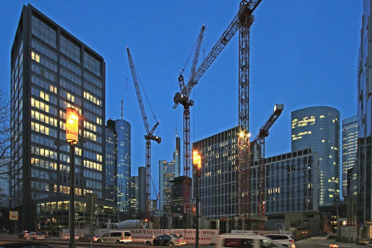 Bild: http://www.deutsches-architektur-forum.de/pics//cyfi/Marien_1170323_5.jpg