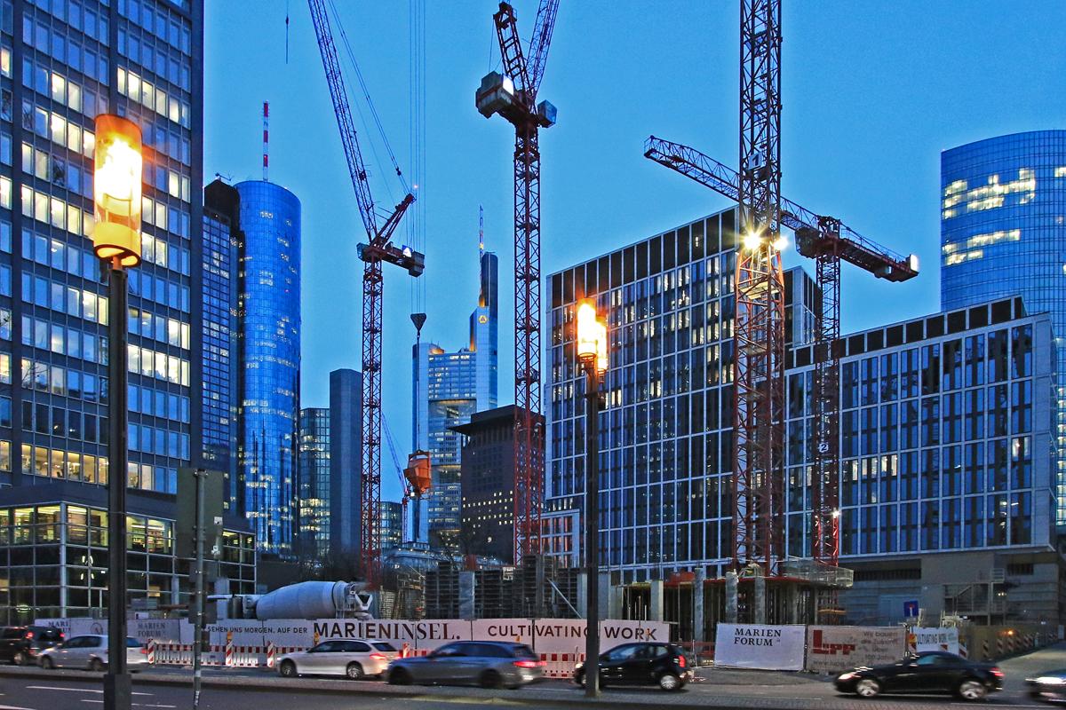 Bild: http://www.deutsches-architektur-forum.de/pics//cyfi/Marien_1170323_6.jpg