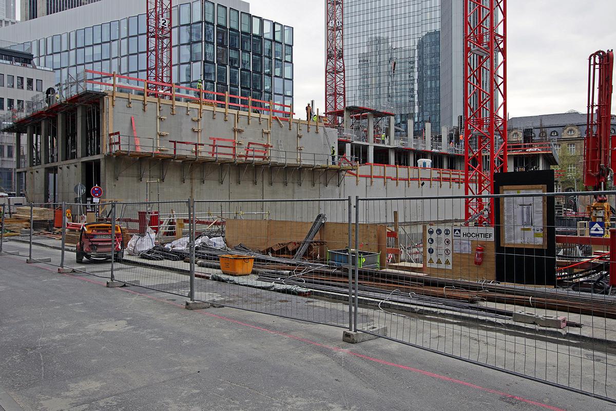 Bild: http://www.deutsches-architektur-forum.de/pics//cyfi/Marien_1170421_1.jpg