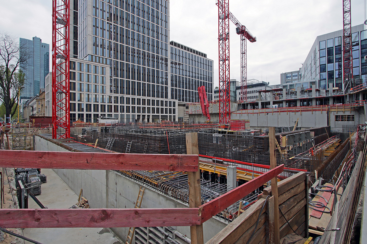 Bild: http://www.deutsches-architektur-forum.de/pics//cyfi/Marien_1170421_3.jpg