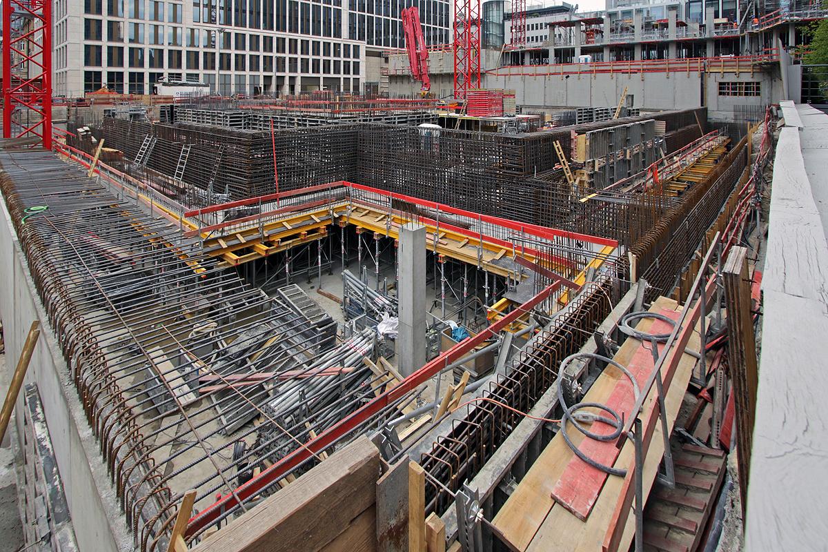 Bild: http://www.deutsches-architektur-forum.de/pics//cyfi/Marien_1170421_4.jpg
