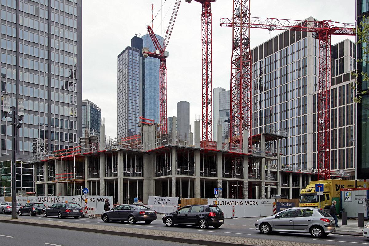 Bild: http://www.deutsches-architektur-forum.de/pics//cyfi/Marien_1170421_6.jpg