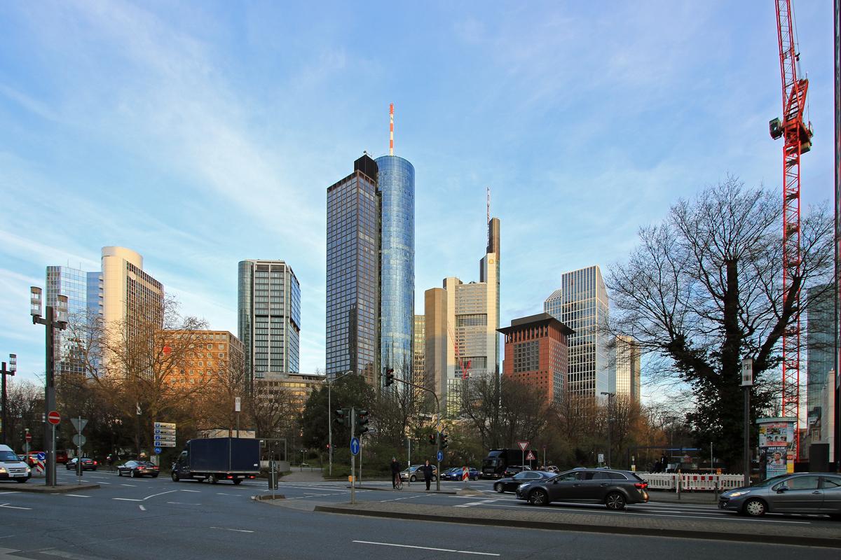 Bild: http://www.deutsches-architektur-forum.de/pics//cyfi/Omni_1170323_1.jpg