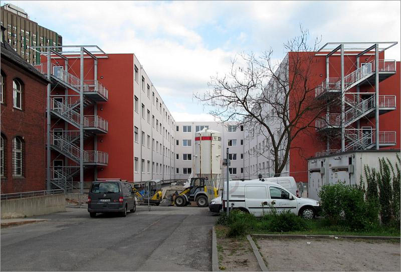 sanierung charit bettenhaus realisiert seite 11 deutsches architektur forum. Black Bedroom Furniture Sets. Home Design Ideas