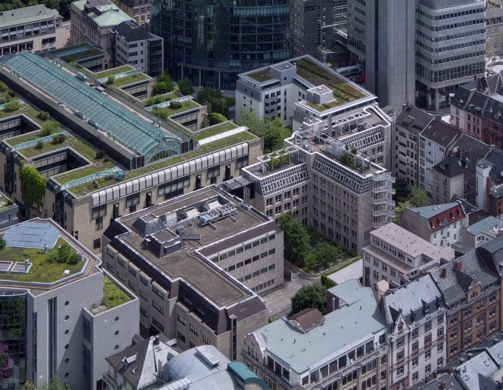 Bild: http://www.deutsches-architektur-forum.de/pics/schmittchen/2773bestandeckenidda+weserstr.jpg