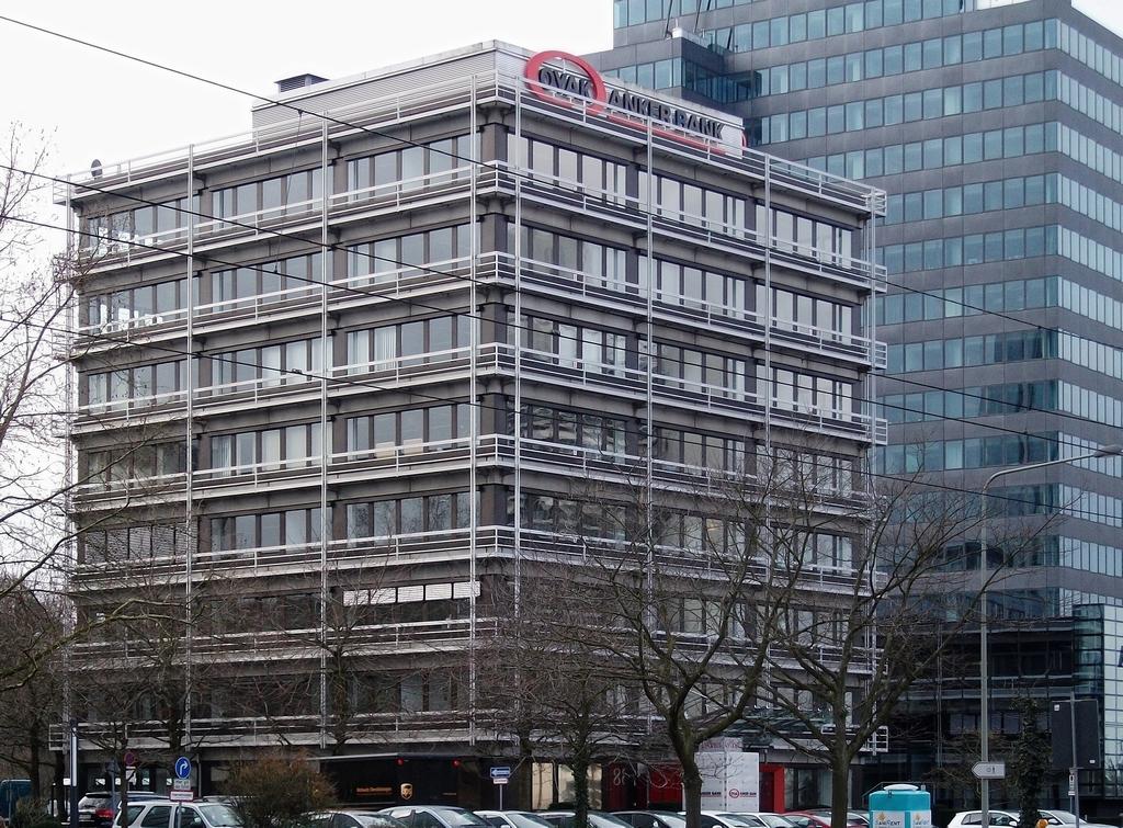 Bild: http://www.deutsches-architektur-forum.de/pics/schmittchen/3316_lyoner_strasse_38.jpg