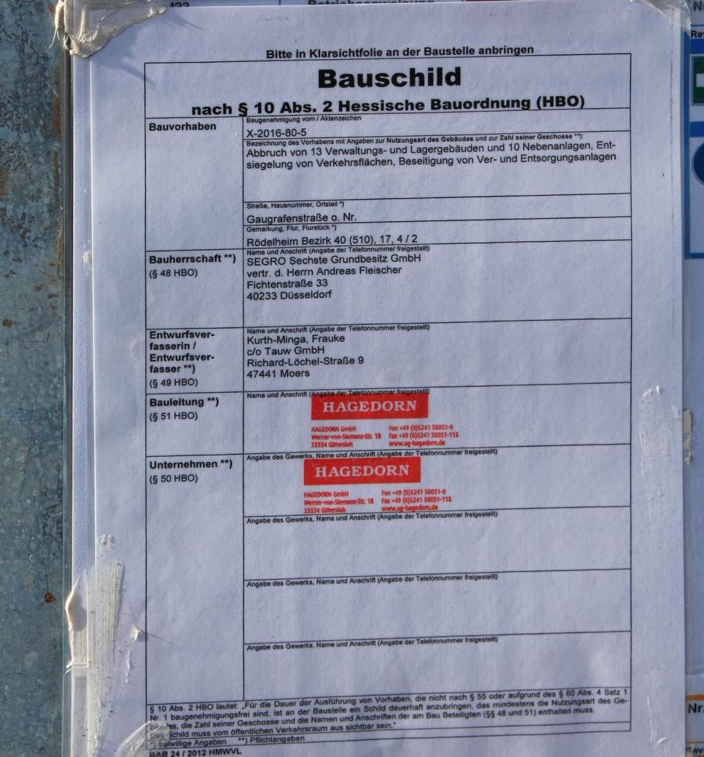 Bild: http://www.deutsches-architektur-forum.de/pics/schmittchen/3600_segro_projekt_us-army-areal_roedelheim.jpg