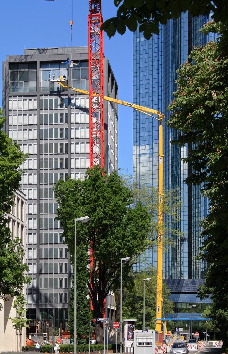 Bild: http://www.deutsches-architektur-forum.de/pics/schmittchen/3660_marieninsel.jpg