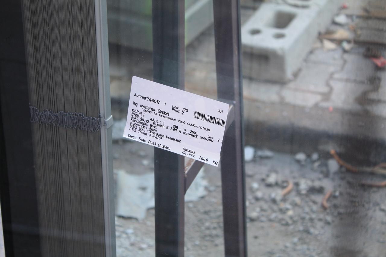 Bild: http://www.deutsches-architektur-forum.de/pics/schmittchen/3663_marieninsel.jpg