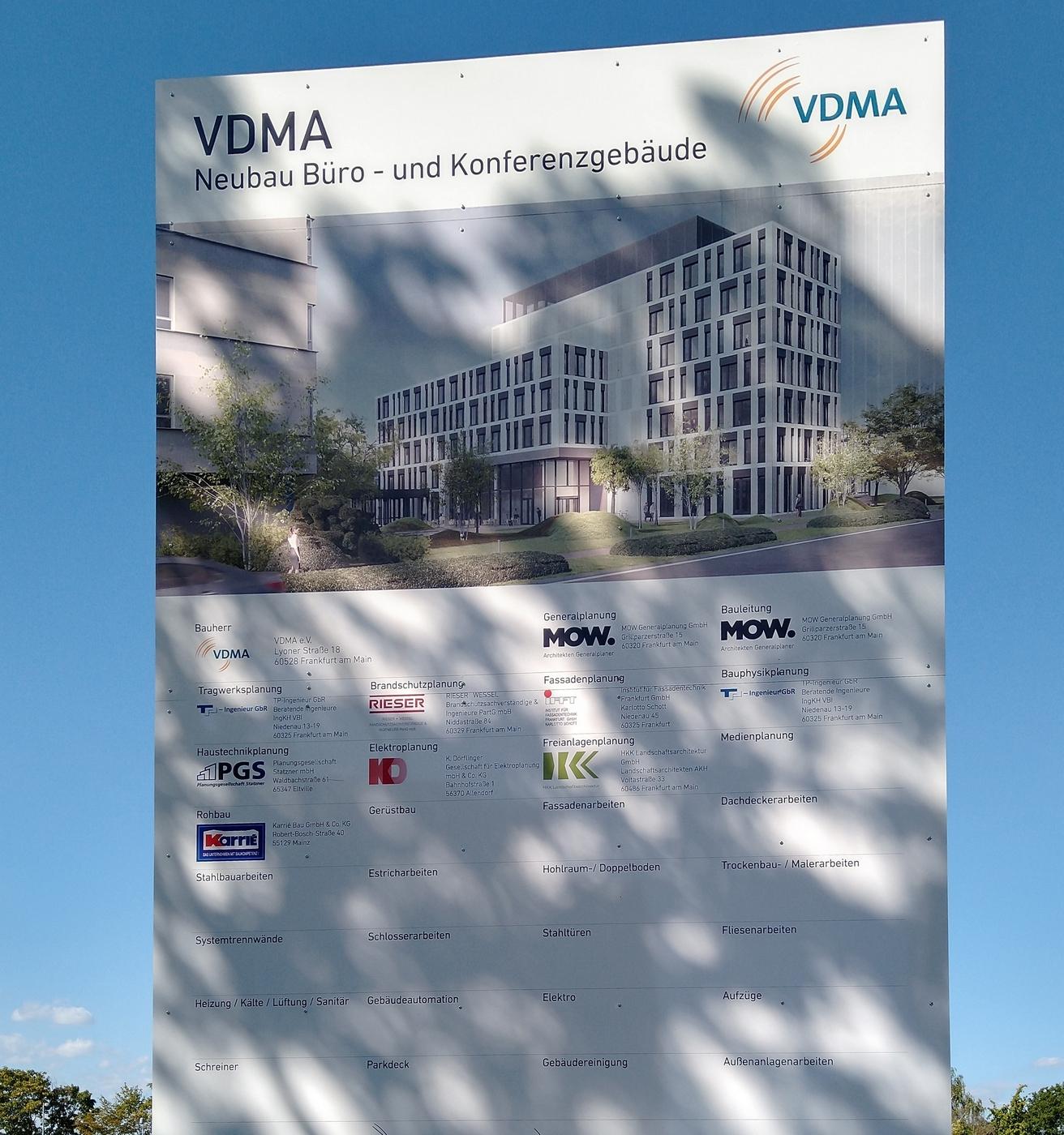 Bild: https://www.deutsches-architektur-forum.de/pics/schmittchen/4050_vdma_niederrad.jpg