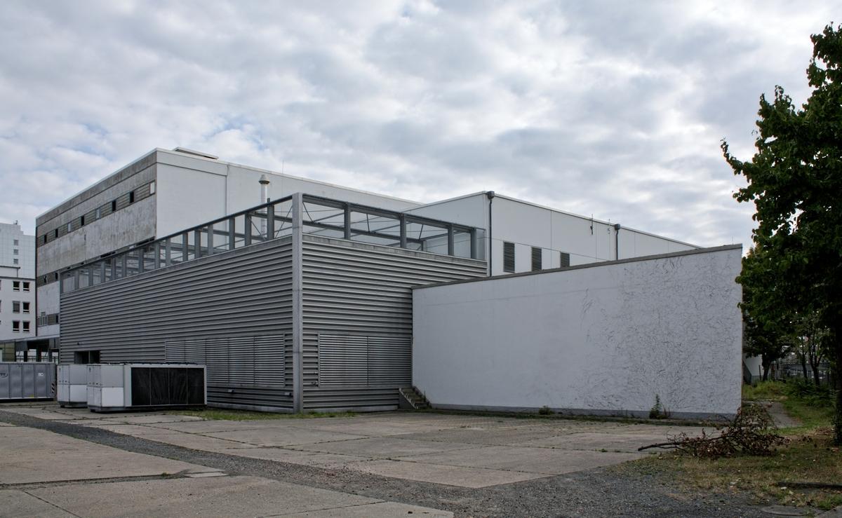 Bild: https://www.deutsches-architektur-forum.de/pics/schmittchen/4276_kleyerstr.82.jpg