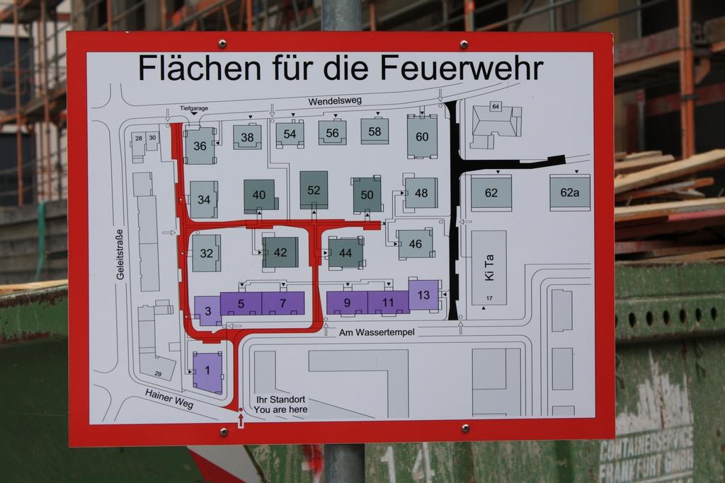 Bild: https://www.deutsches-architektur-forum.de/pics/schmittchen/4345_henninger_stadtgaerten.jpg