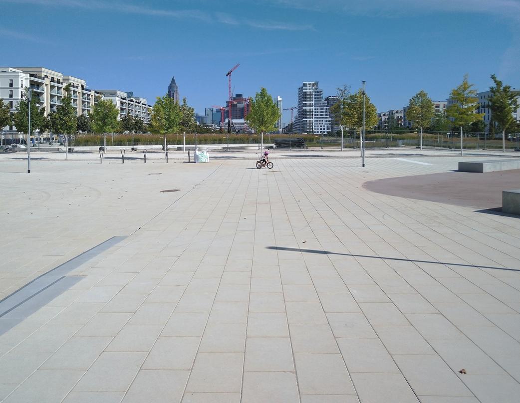 4539_telavivplatz.jpg