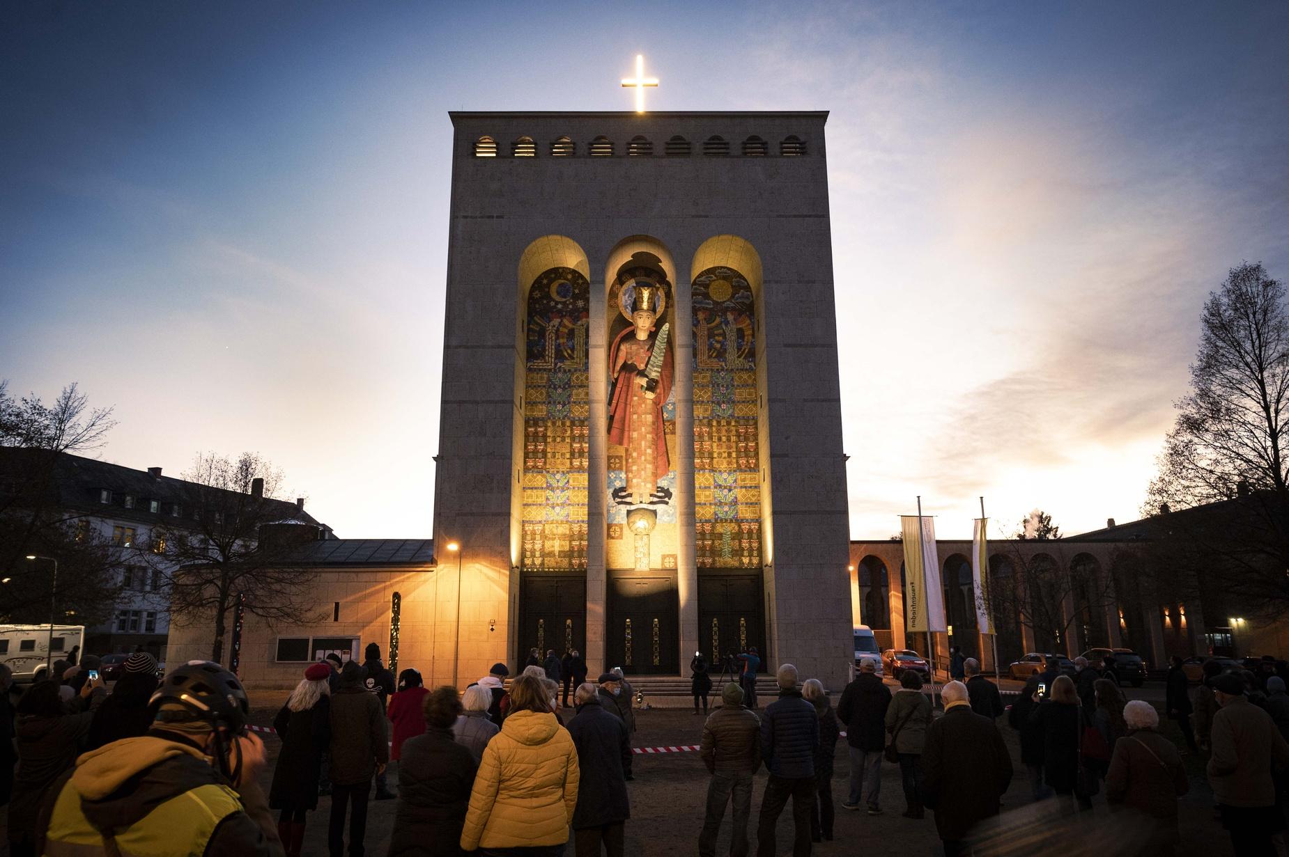 frauenfriedenskirche_vor_wiedereroeffnung_4.jpg