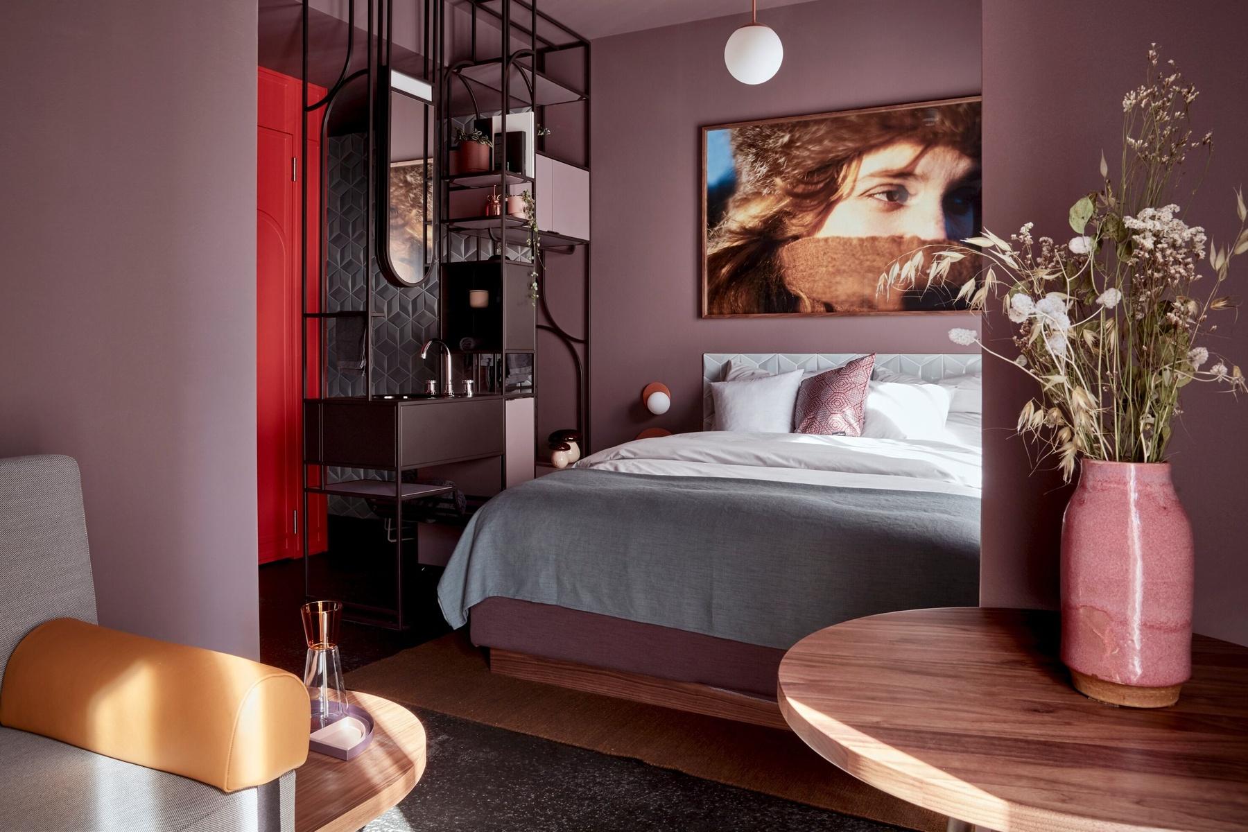 Bild: https://www.deutsches-architektur-forum.de/pics/schmittchen/lindenberg-lindley_pressepic_3.jpg